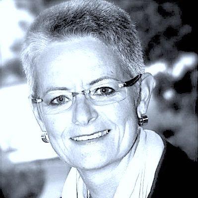 Dr. med. Andrea Mann-Rentz